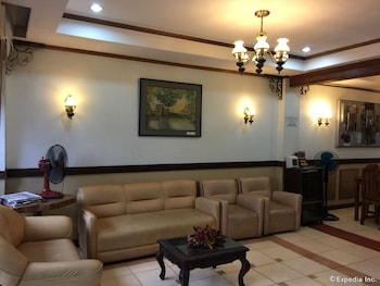 Darunday Manor Bohol Lobby Sitting Area