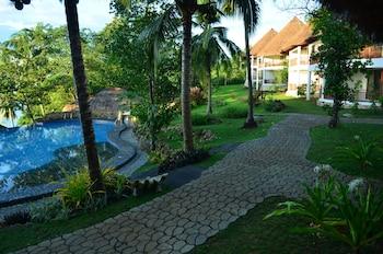 Amun Ini Beach Resort & Spa Bohol Property Grounds