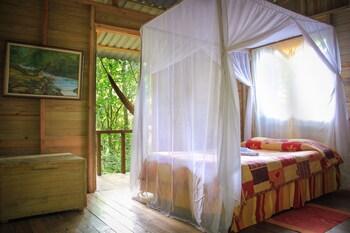 Wagelia Espino Blanco Lodge