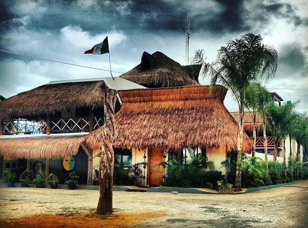 Soles Mayas - Real Mexican Mayan Condo