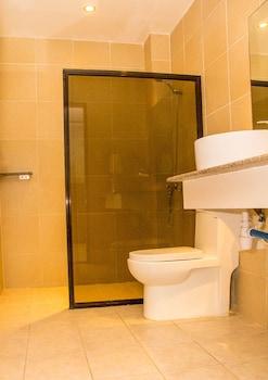Alona Northland Resort Bohol Bathroom