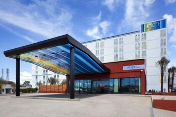 Aloft El Segundo - Los Angeles Airport - El Segundo, CA 90245 - Hotel Front
