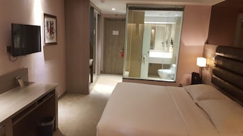 Prime Asia Hotel Angeles Guestroom