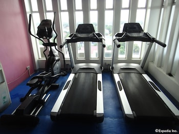 Prime Asia Hotel Angeles Gym