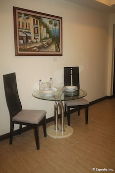 F1 Suites At Fort Palm Spring Taguig In-Room Amenity