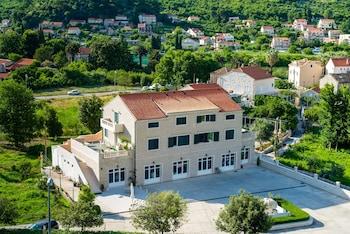 HotelApartments Dubelj