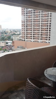 Manila Bay Serviced Apartments Balcony