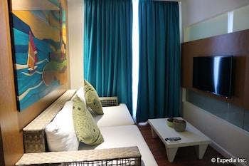Ferra Hotel Boracay Living Room