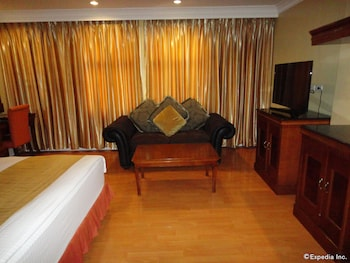Savannah Resort Hotel Pampanga In-Room Amenity