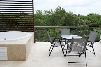 Bahia Principe Vacation Rentals - Quetzal Two-Bedroom Apts