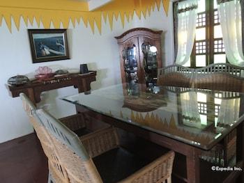 Bunzie's Cove Cebu Dining