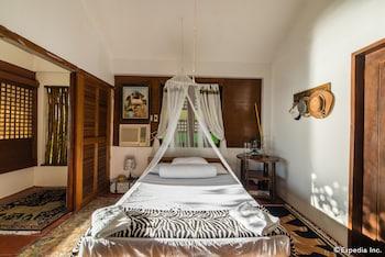 Bunzie's Cove Cebu Guestroom