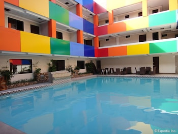 Hotel America Clark Outdoor Pool