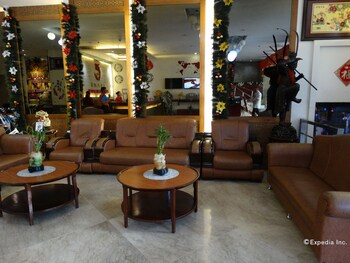 Chinatown Lai Lai Hotel Manila Lobby Sitting Area