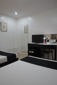 The Contemporary Hotel Quezon City Guestroom
