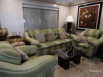 Ralph Anthony Suites Manila Hotel Interior