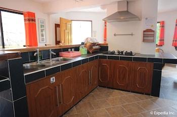 Jayjay's Club Boracay In-Room Kitchen