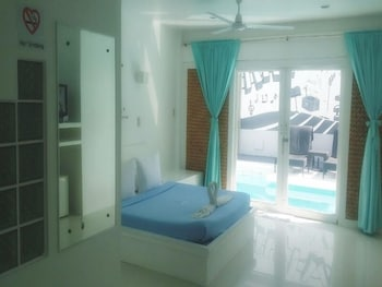 Jj Resort And Spa Boracay Guestroom