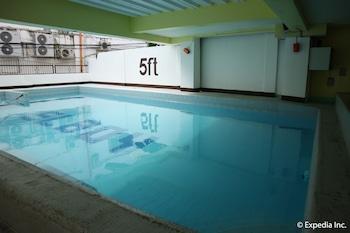 Sunwood Sung Resort Boracay Indoor/Outdoor Pool