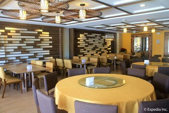 Newton Plaza Hotel Baguio Restaurant