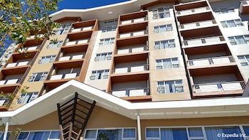 Newton Plaza Hotel Baguio Hotel Front