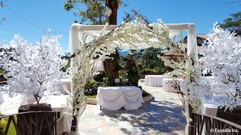 Newton Plaza Hotel Baguio Outdoor Wedding Area