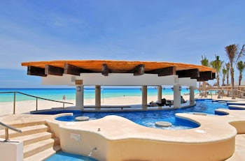 Ocean Villa All Inclusive by Omni Cancun
