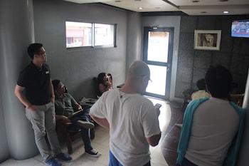 P Hostels and Residences Manila Lobby Sitting Area