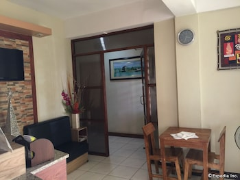 QM Pension House Tagbilaran Hotel Interior