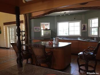 Bohol Villa Formosa In-Room Kitchenette