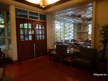 Pension Natividad Manila Hotel Interior
