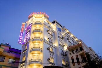 岩納姆飯店