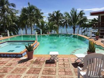 La Petra Beach Resort Anda Outdoor Pool