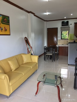 A Family Apartelle Bohol Living Area