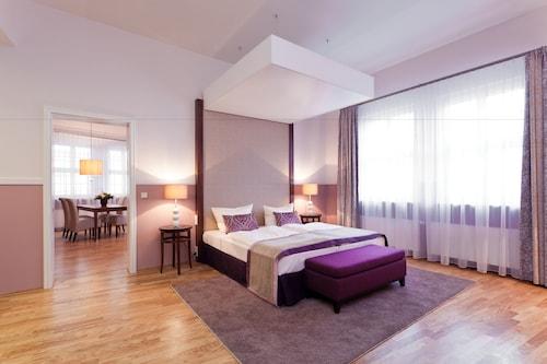 古堡公寓式飯店