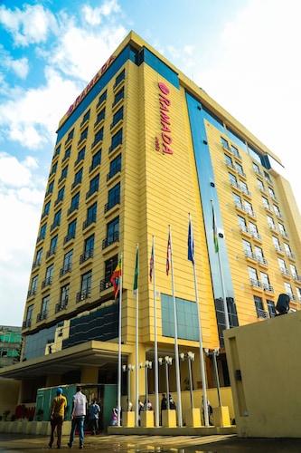 亞迪斯華美達飯店