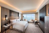 Conrad Hotel Manila