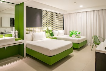 Current by Astoria Boracay Guestroom