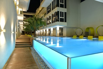 Current by Astoria Boracay Outdoor Pool