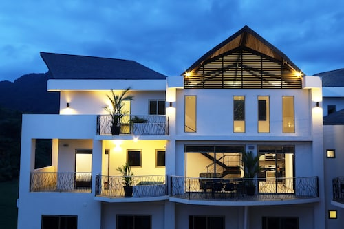 Sky Penthouses at Oceano