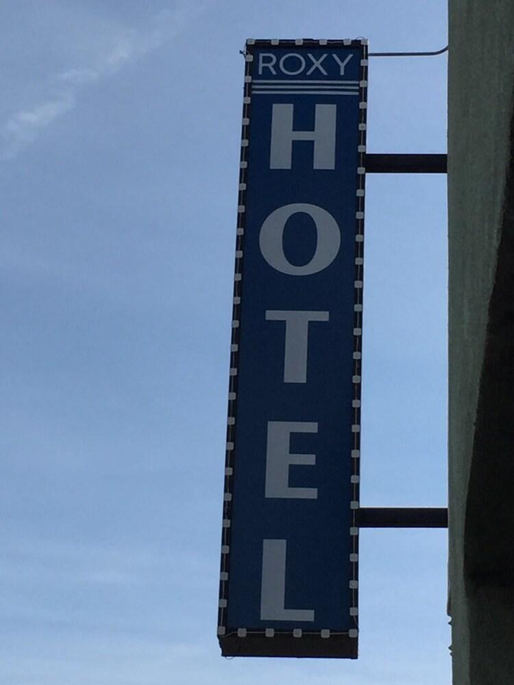 Hollywood Roxy Hotel