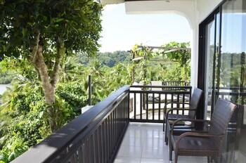 Peace And Love Resort Palawan Balcony