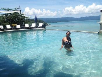 Peace And Love Resort Palawan Infinity Pool