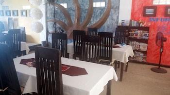 Peace And Love Resort Palawan Dining