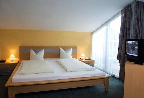 哥特則尼爾霍夫飯店
