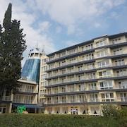 卡洛費爾飯店