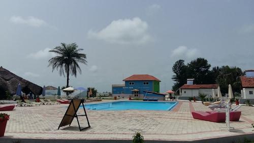 薩拉昆達沙灘飯店