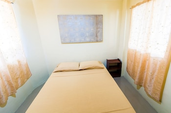 Jeepney Hostel And Kite Resort Boracay Guestroom