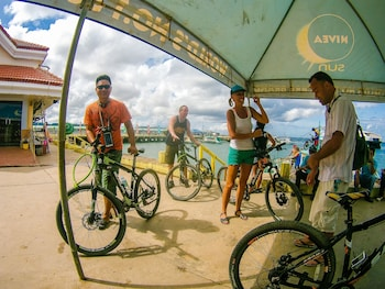Jeepney Hostel And Kite Resort Boracay Sports Facility