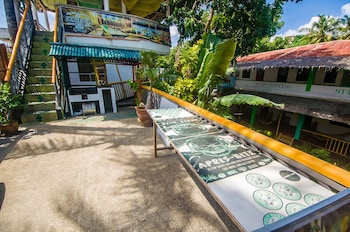 Jeepney Hostel And Kite Resort Boracay Exterior